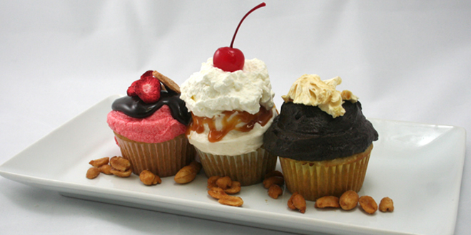 Strawberry-Banana Split Cupcakes