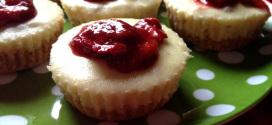 Gluten Free Strawberry-Banana Cheesecake Cups
