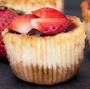 Gluten Free Strawberry-Banana Cheesecake Cups