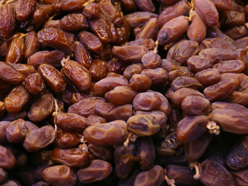 top 5 fall superfoods - dates