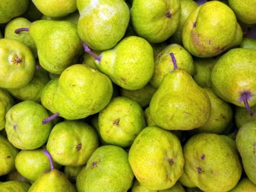 top 5 fall superfoods - pears